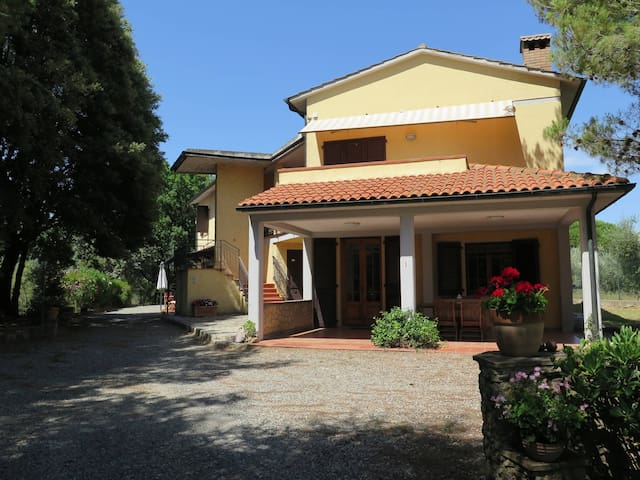 Apartment Residence Il Montaleo for 4 persons