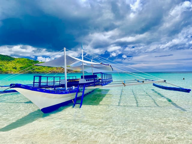 This is our 48 foot large party boat.  Now ready to sail. Explore some untouched and undiscovered north el nido islands. Exclusive for our guests only.