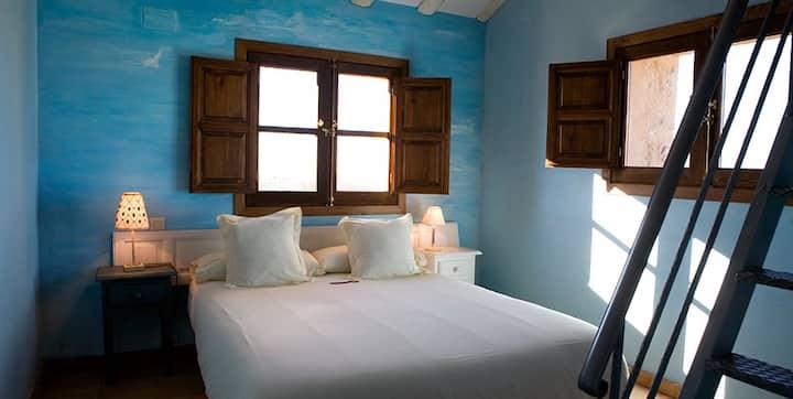 Habitación Triple en Hotel Rural La Data