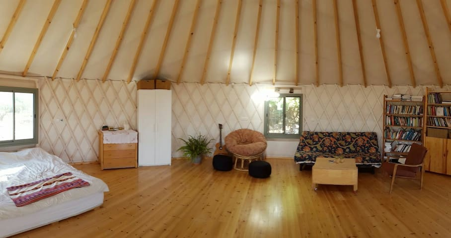 Peaceful yurt in the Galilee