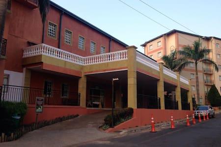 Apartamento no Hotel Giardino - Rio Quente - Flat