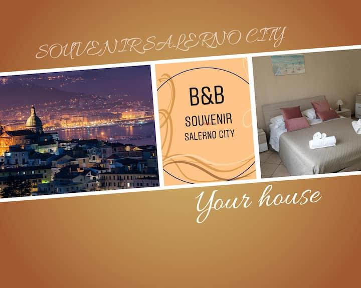SOUVENIR SALERNO CITY B&B