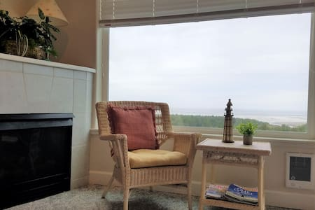 Sunset View ~ New Rates ~ Welcome Back!
