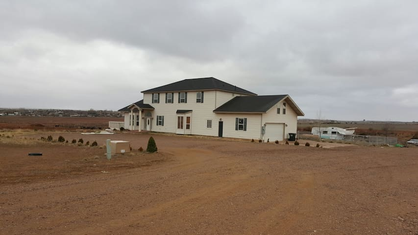 Large beautiful home in Taylor / Snowflake. - Snowflake - Huis