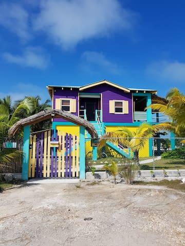 SLo-N-EZ Villa- Terrace (Ocean View)