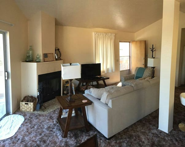 This Rental - Rancho Cucamonga - Pis