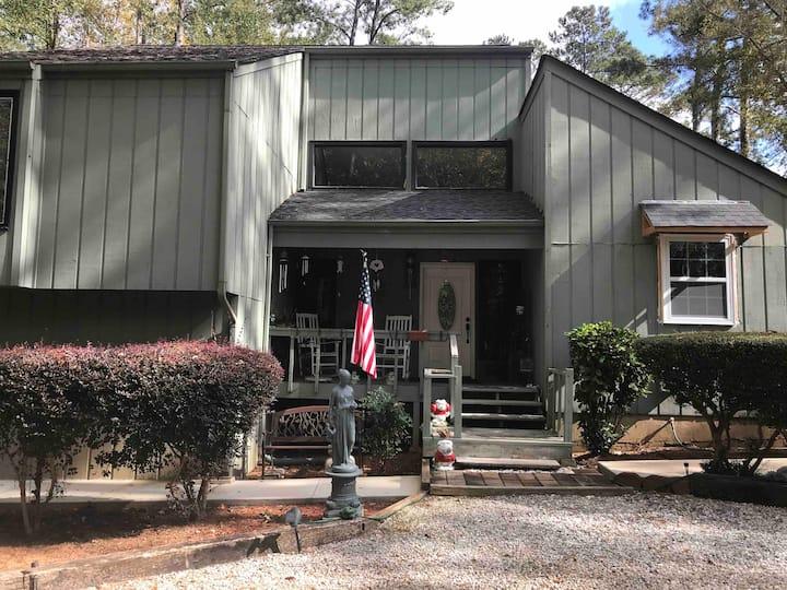 Nice House in Cedar Creek 1