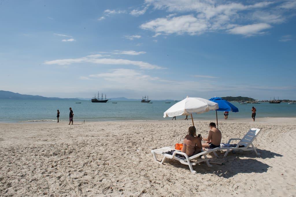 Hotel pé na areia - muita comodidade!