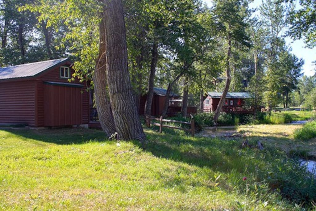 all 3 creekside cabins in a row