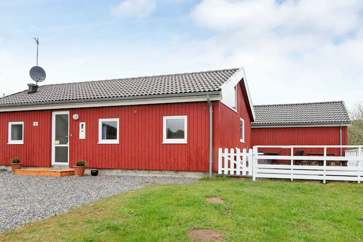Scenic Holiday Home in Ebeltoft with Swimming Pool