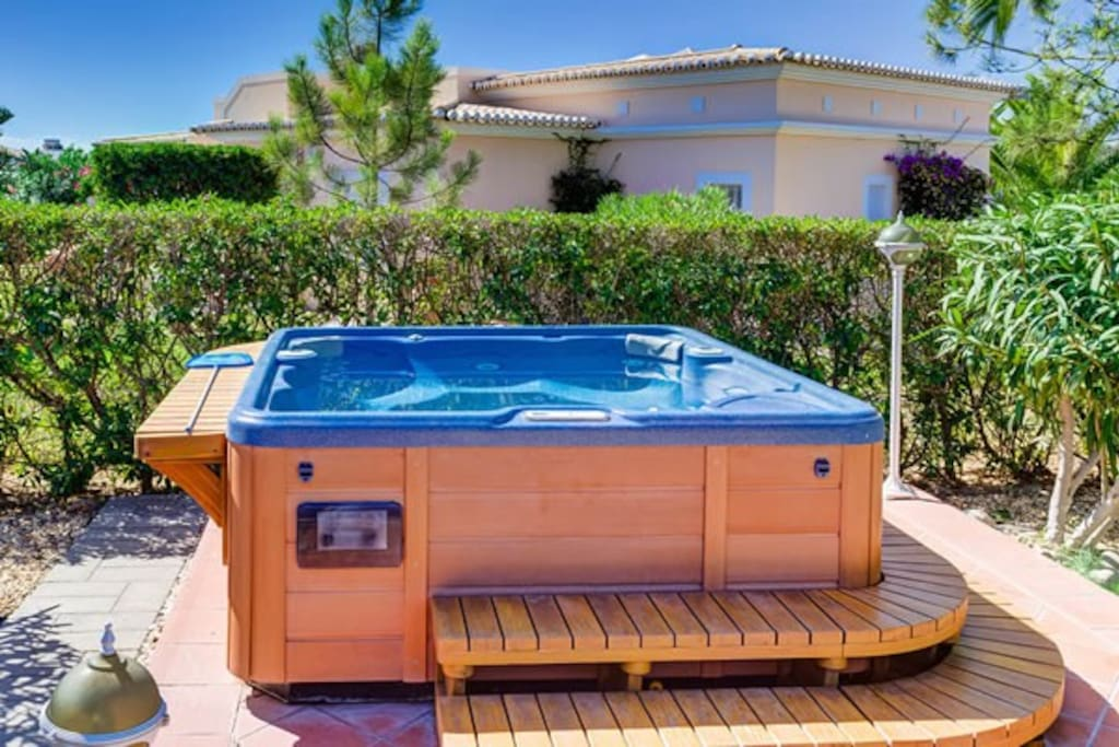 Fabulous private Hot Tub