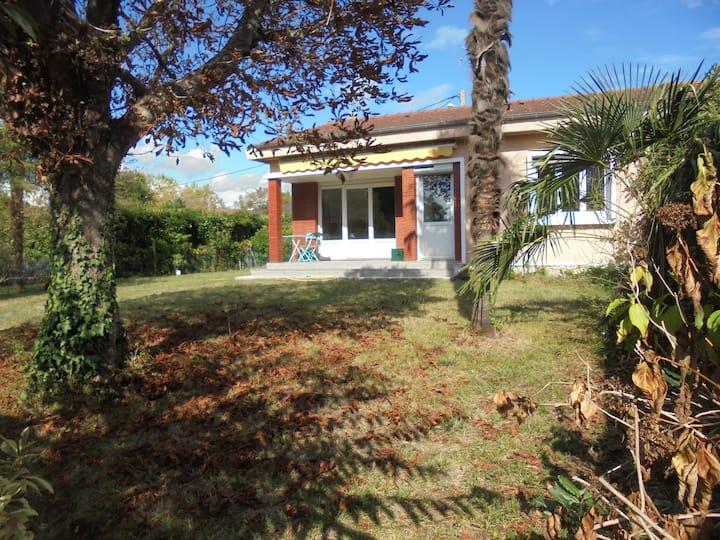 Maison proche du stade de Kayak et centre de Pau