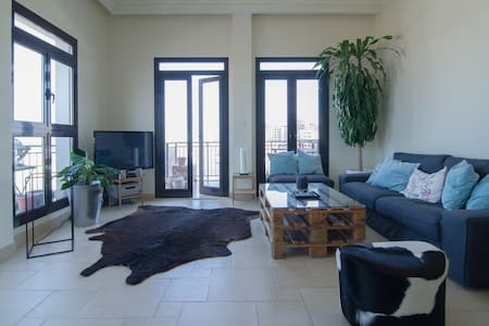 stunning 1 BR appartment, see view, beach access - Doha - 公寓