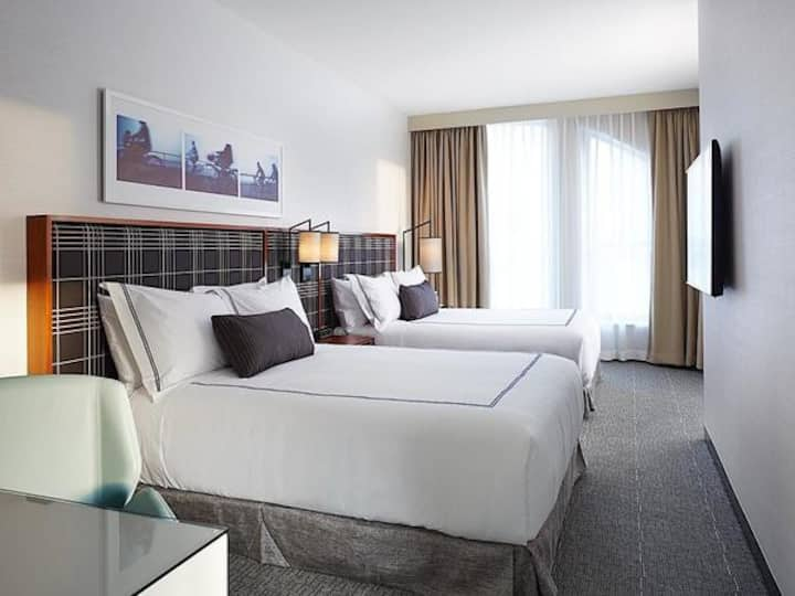 The Godfrey Hotel Boston, Double Queen