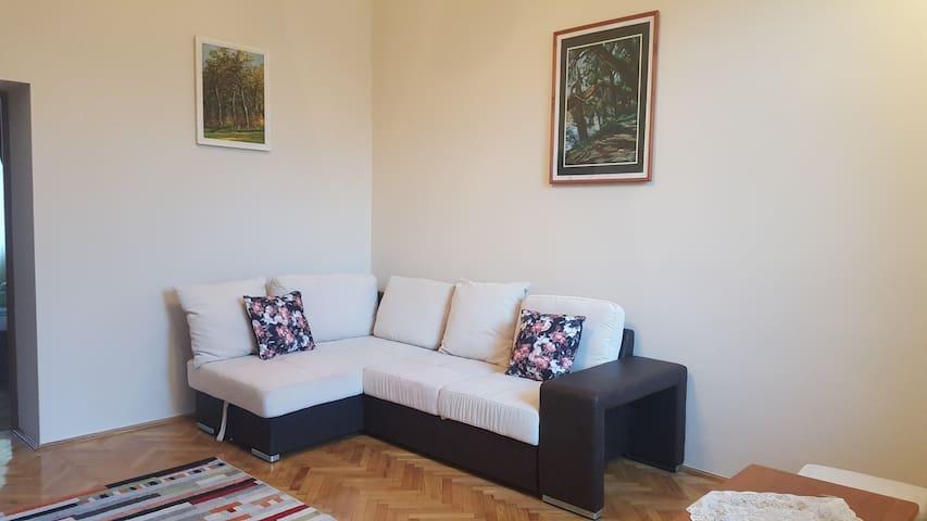 (Website hidden by Airbnb) - Classic Deluxe Suite
