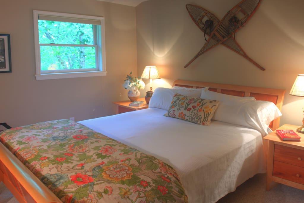 Bedroom - Queen Sleep Number Mattress