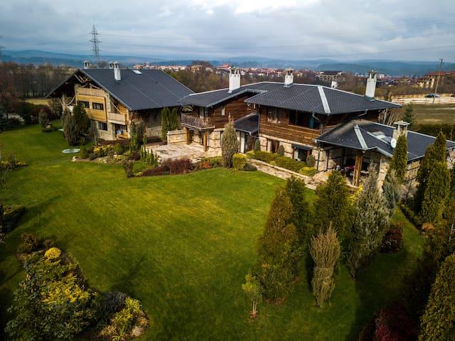 Luxury Spa Chalet Bansko - 1