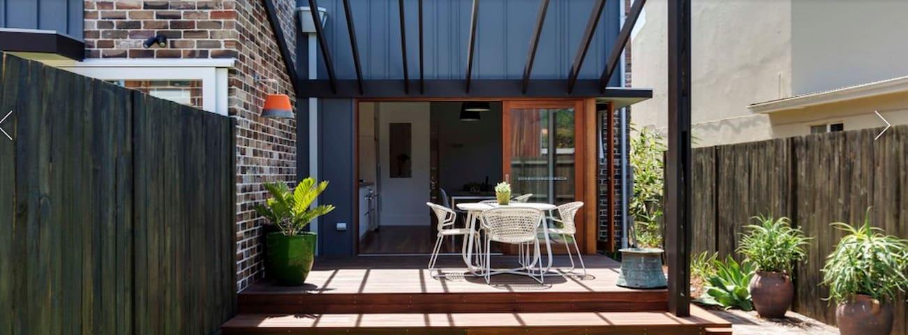 SUPERB 4 bedroom house close 2 Sydney city&airport - Marrickville - Casa