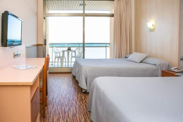 Habitación Standard Vista Mar para 2 adultos en Pensión Completa