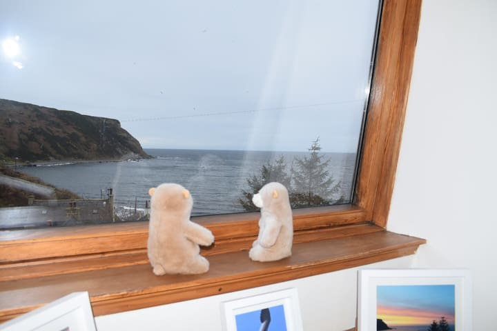 Two Bears Cottage