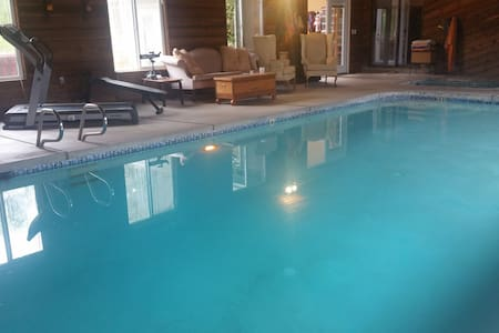 Day Travelers  Rest Pool Wifi Play  Garden  & Spa! - Warren