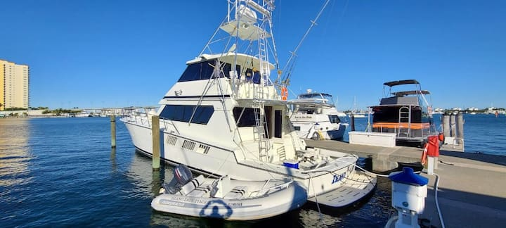 Island Lady - 65' Foot Hatteras Yacht.