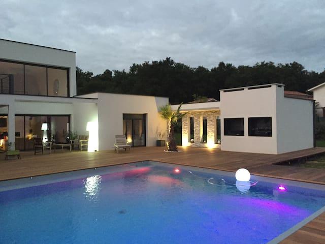 Villa Courtoise