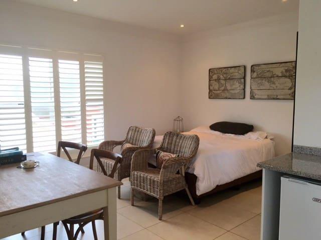 Loftroom in Mount Edgecombe
