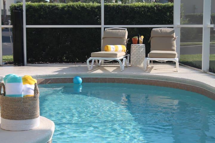 Family pool villa - 20 minutes to Disney!