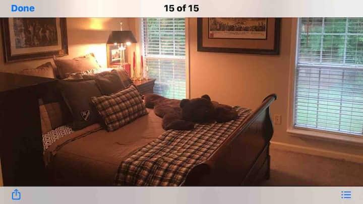Edwards hunt room