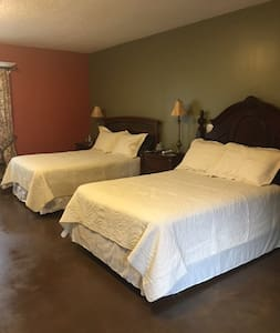 Cozy, quiet and spacious large suit - West Jordan - Casa