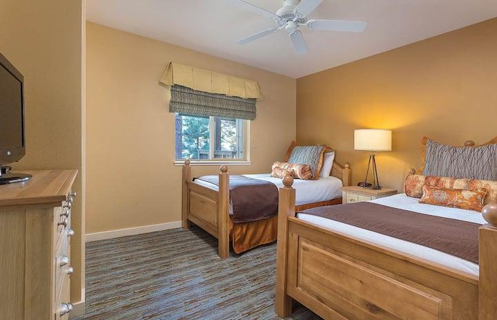 South Lake Tahoe Resort - 2 Beds