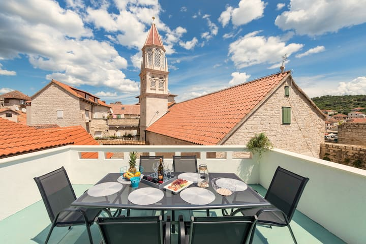 VILLA LINO **** in the heart of old town