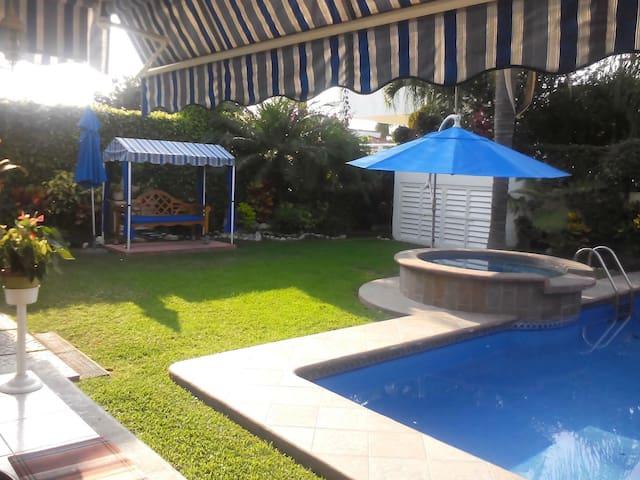 Hermosa casa de descanso Cocoyoc!
