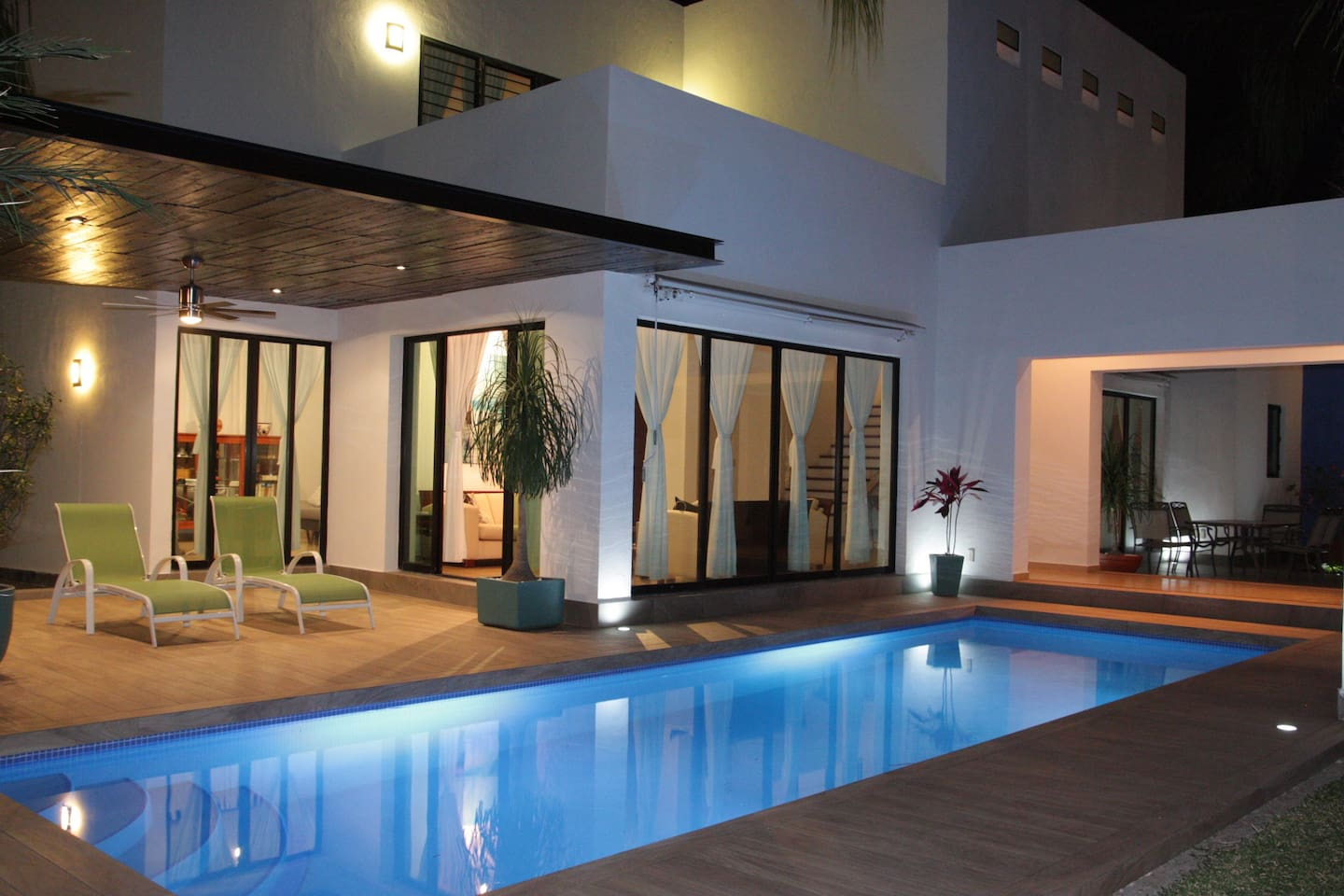 integrated swimming pool
