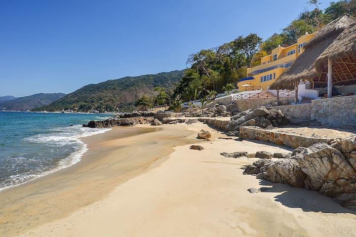 Playasola