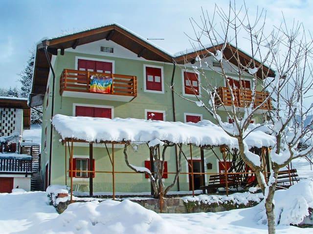 Apartment Casa Bianchi in Fiera di Primiero