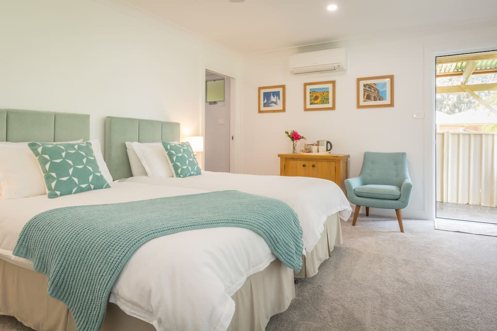 Luxurious bed linen and towels provided