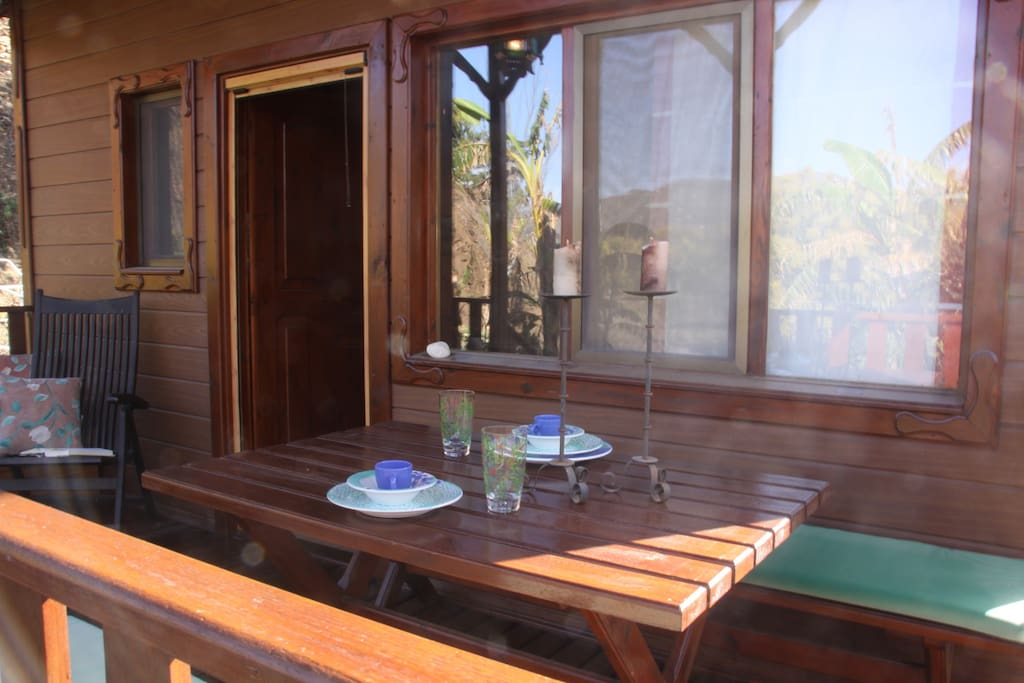 Encantadora casita de madera casas en alquiler en - Alquiler casa almunecar ...
