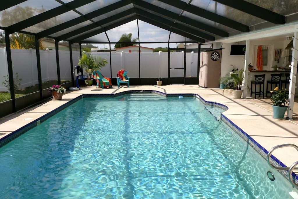 Huge screened in pool