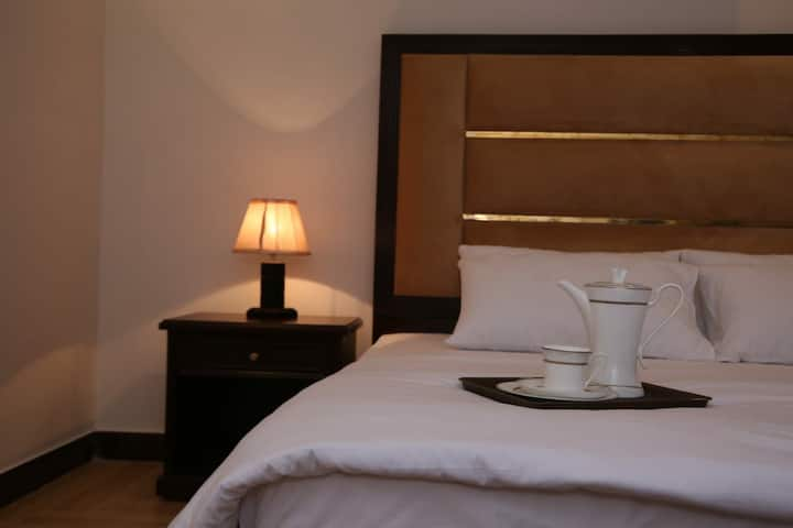 Kingswood 3 Bed Suites