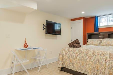 Modern Somerville Luxury: Studio - Somerville - Lejlighed