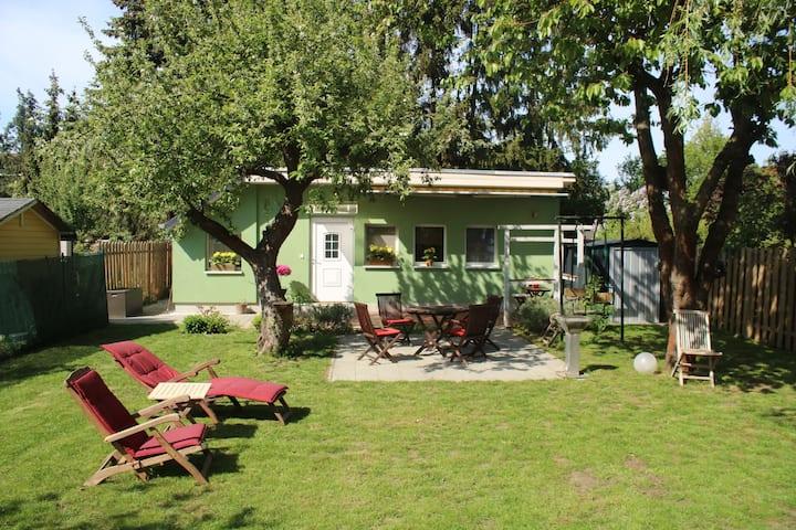 Gemütliche Ferienwohnung / Haus / mit Garten