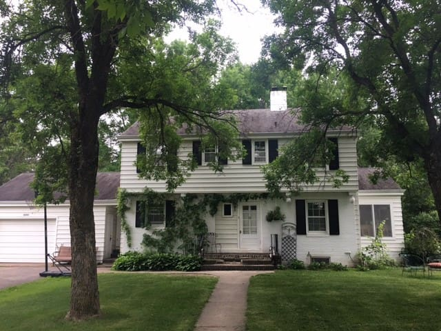Large home in Hayward, WI