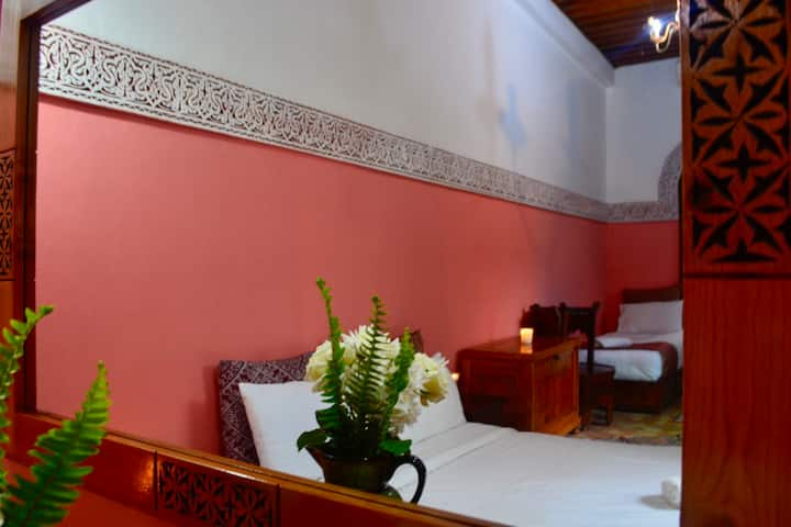 Royal Suite in Meknès. Breakfast included.
