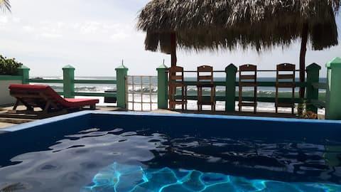 Casa Perla Beachfront - Standard Room 4