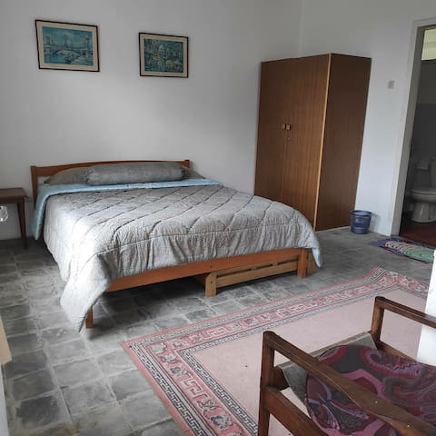 Bedroom 3 (For 3 persons with 1 extra bed)