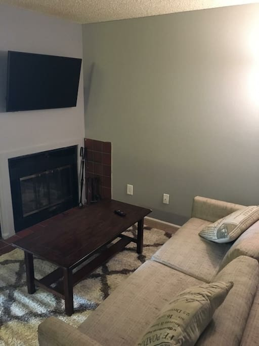 "Living room with 43"" TV"