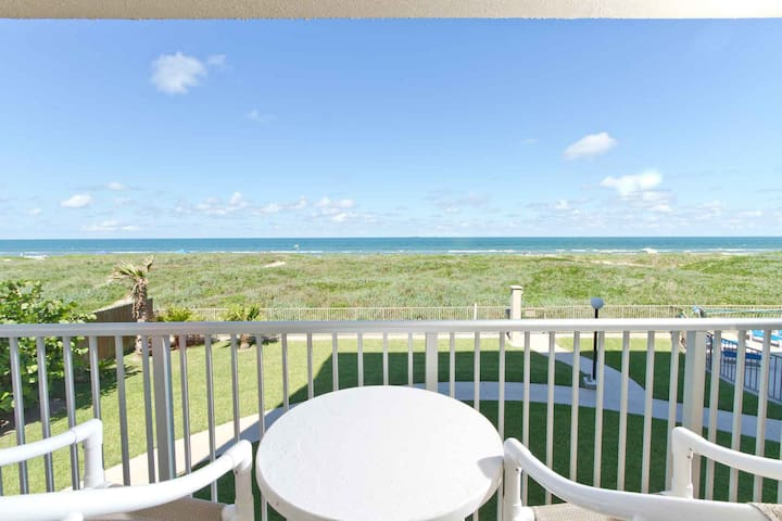 You can sit all day and just stare out to the mesmerizing waters of the Gulf of Mexico.