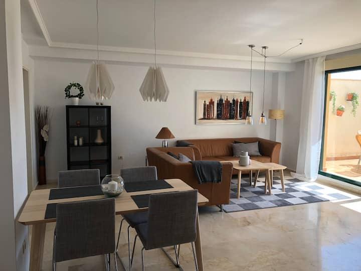 Spacious and light apartment in benalmadena